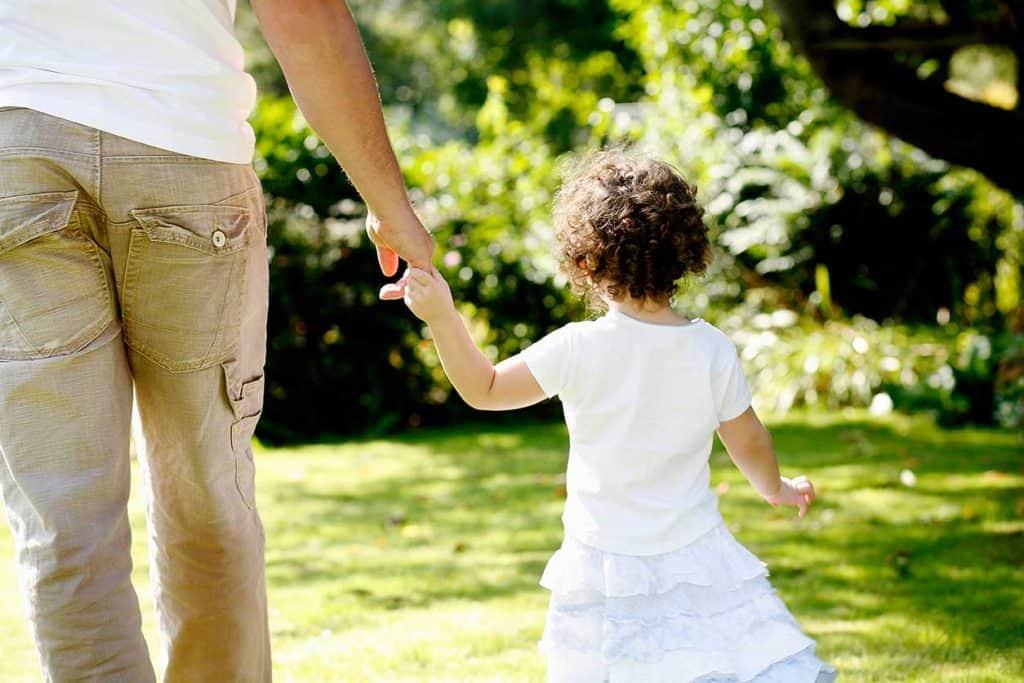 adoptar-hijo-pareja-conyuge